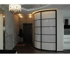 Изготовление радиусных шкафов в Бресте и области