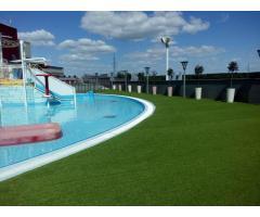 Монтаж искусственного газона для спорта и декора